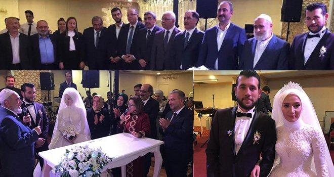 Adalet Bakanı Abdülhamit Gül'ün mutlu günü