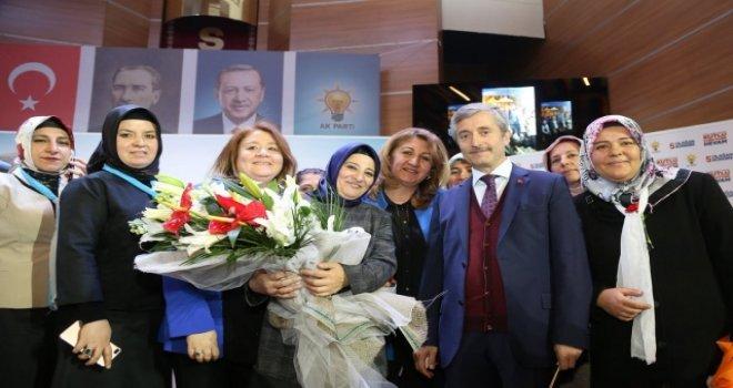 AK Parti Şahinbey'de Yılmaz yeniden başkan...