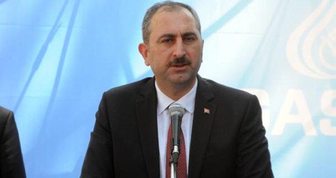 Bakan Gül: CHP, önce FETÖ ağzını bıraksın