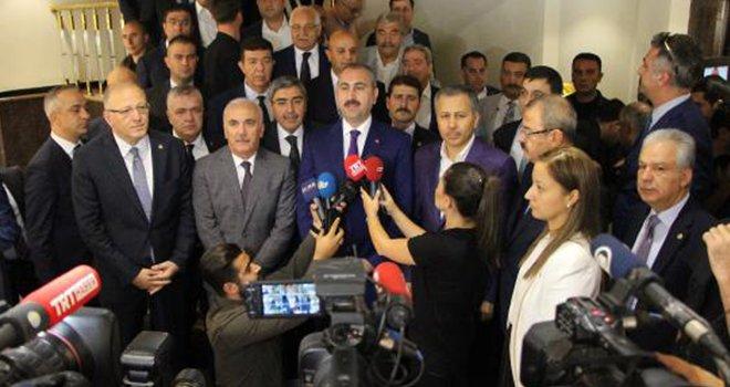 Bakan Gül: Türk yargısı bağımsız kararını vermektedir