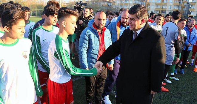 Başkan Fadıloğlu, genç yeteneklerle buluştu