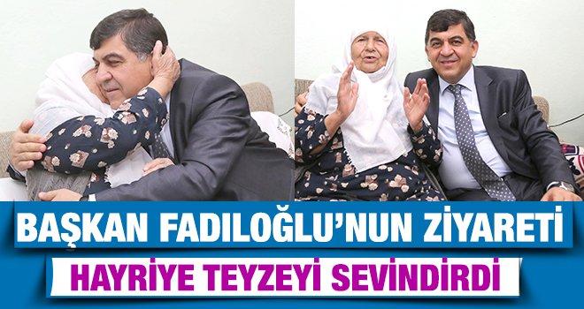 Başkan Fadıloğlu, yaşlıların hayır duasını alıyor