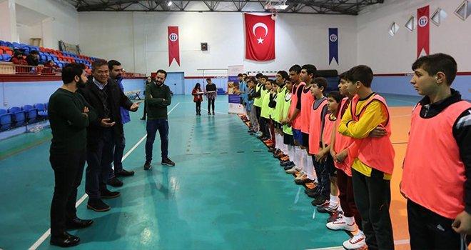 """Büyükşehir'den öğrencilere """"Kardeşlik Turnuvası"""""""