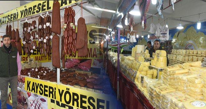 Damak tatları Şahinbey köy pazarında buluştu