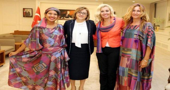 Dünyaca ünlü blogger, Gaziantep'e hayran kaldı