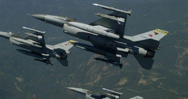 Fırat Kalkanı'nda 379 DEAŞ hedefi vuruldu