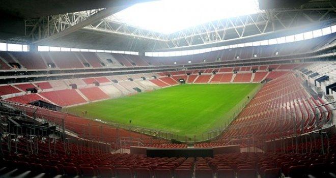 Gaziantep Arena siyah beyaza bürünecek