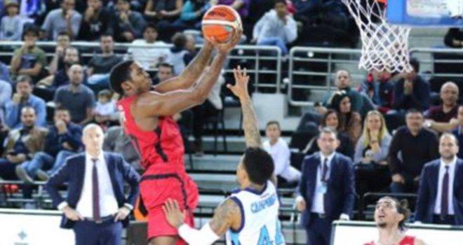 Türk Telekom - Gaziantep Basketbol: 83-67