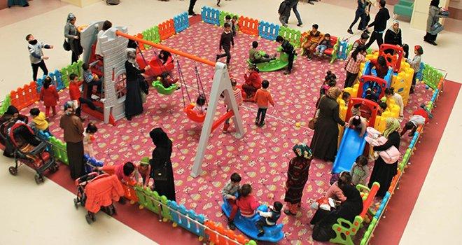 Gaziantep Çocuk Hastanesi'nde çocukları eğlendiren uygulama