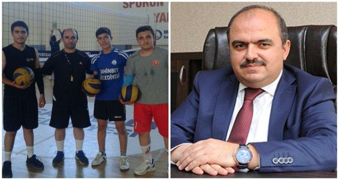 Gaziantep Spor Lisesi sınav birincisi Adil Teymur'dan