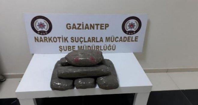 Gaziantep'te 10 kilo esrar ele geçti