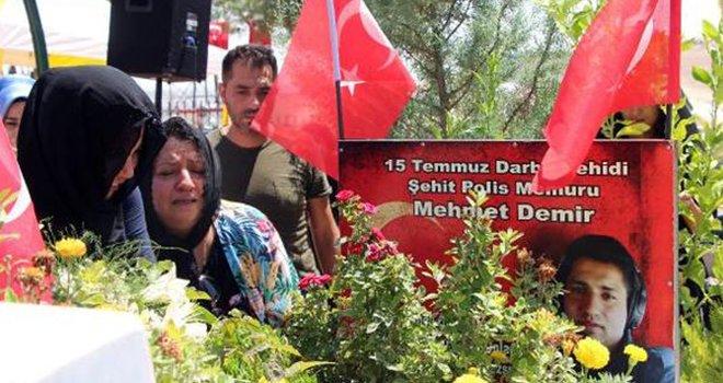 Gaziantep'te 15 Temmuz şehidi, mezarı başında anıldı