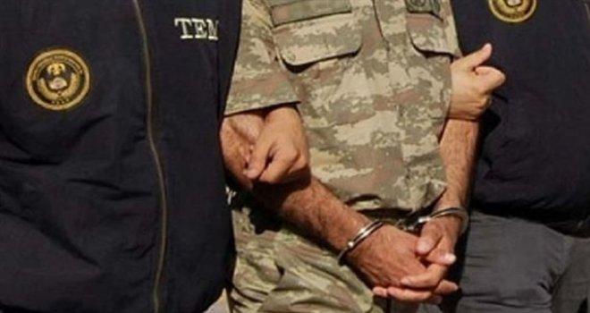 Gaziantep'te, 17 asker FETÖ'den tutuklandı