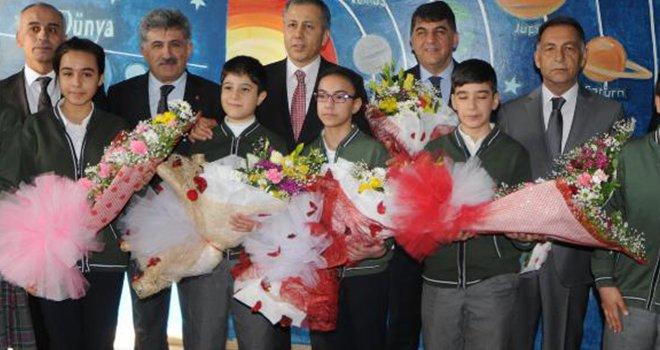 Gaziantep'te, 572 bin öğrenci karne aldı
