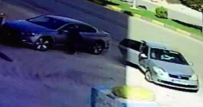 Gaziantep'te otomobilin camını kırıp 25 bin lirayı çaldılar