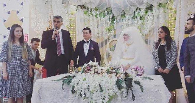 Gaziantep'te Polis damada kelepçeli nikah