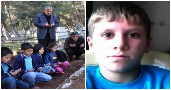 Gaziantep'te servis minibüsünün altında kalan öğrenci öldü