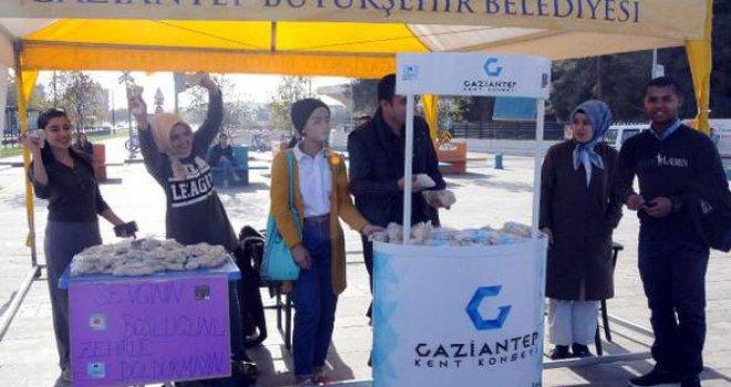 Gaziantep'te Sigarayı bırakma sözü verenlere çekirdek