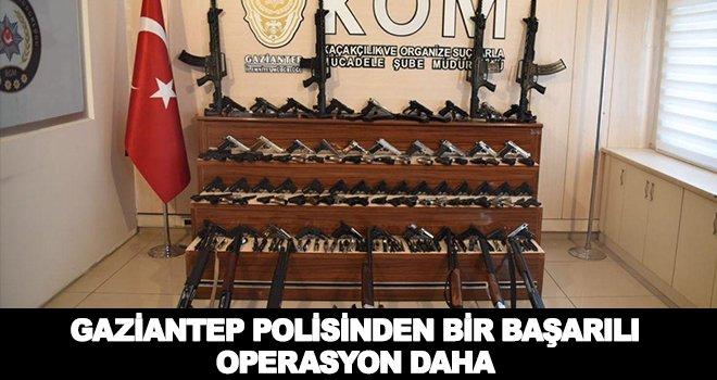 Gaziantep'te şok baskın! Onlarca kaçak silah ele geçirildi