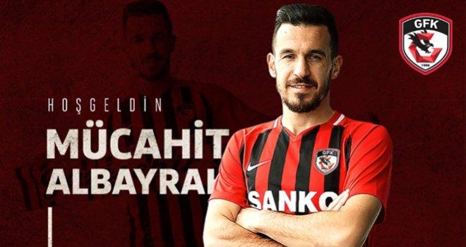Gazişehir'e bir transfer daha: Sol bek oyuncusu Mücahit imzasını attı