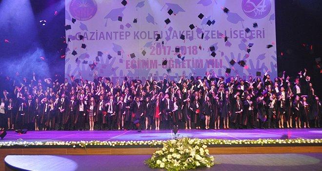 GKV liseleri mezunlarına muhteşem tören