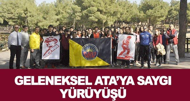 GKV'de geleneksel Ata'ya saygı yürüyüşü