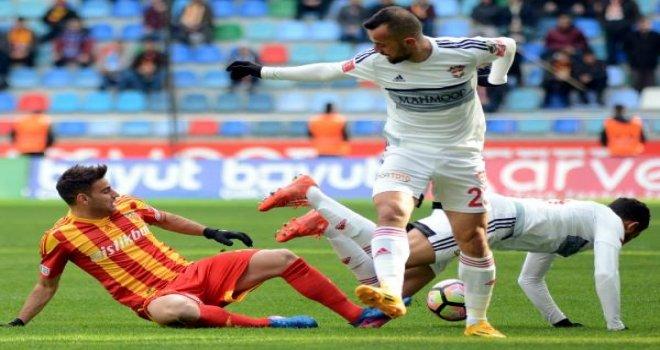 Kayseri'de gol düellosunu 4-3 kazandık
