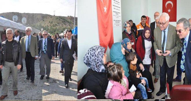 IPA heyeti, Nizip'te Suriyelileri ziyaret etti