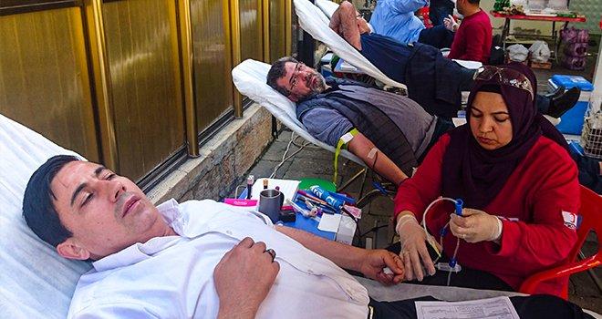 Kan bağışını geleneksel hale getirdiler...