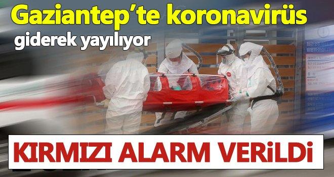 Kırmızı alarm! Gaziantep'te bankalar caddesi kırmızıya büründü