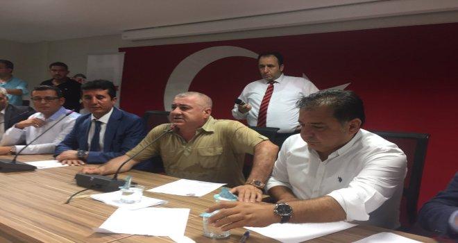 Divan krizi çözüldü, Sermet Atay Divan Başkanı