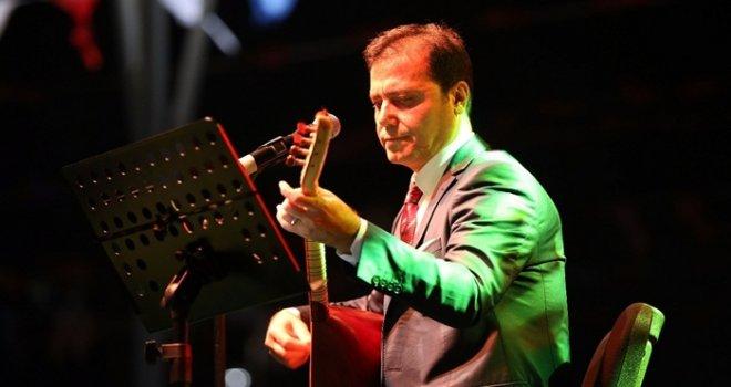 Orhan Hakalmaz Gaziantep'te konser verdi