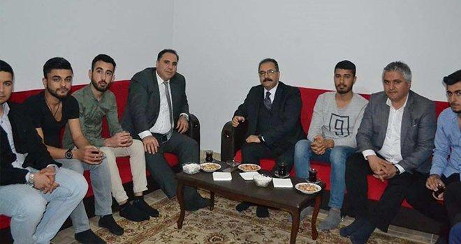 Rektör Prof. Dr. Gür'den öğrenci evine ziyaret