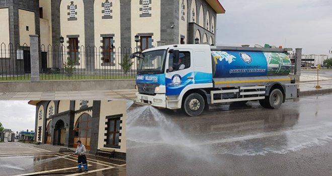 Şahinbey gül suyuyla yıkanıyor
