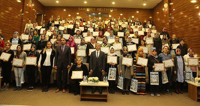 Şahinbey'den 134 kursiyere sertifika