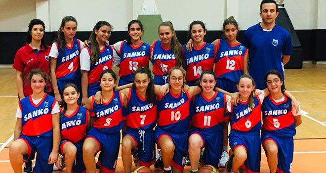 Sanko okulları basketbolda birinci oldu