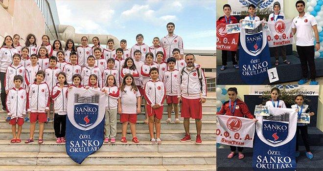 Sankolu Yüzücüler Yunanistan'dan 29 Madalya ile döndü.