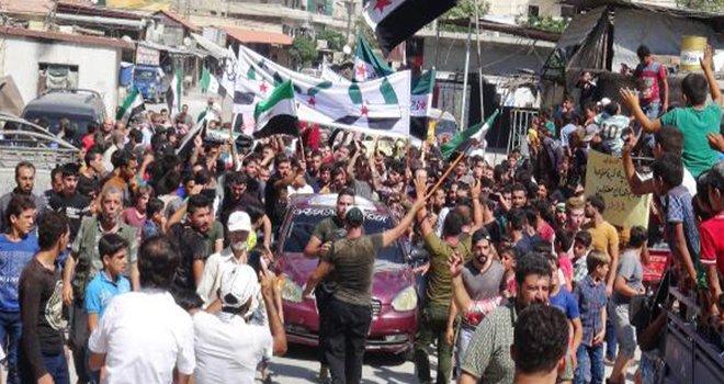 Suriye'de 'İdlib' protestoları