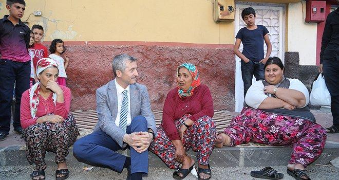 Tahmazoğlu, obezite hastası Açıkgöz'ü ziyaret etti