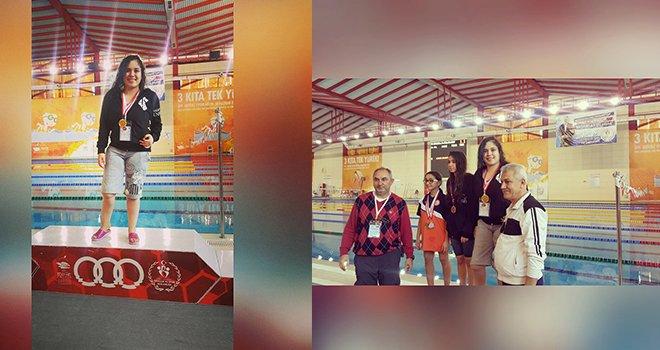 Türkiye Şampiyonu engellere kulaç atıyor