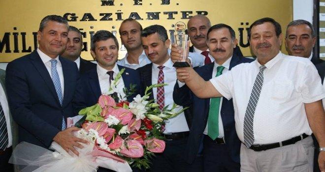 Yılın Milli Eğitim Müdürü Cengiz Mete seçildi